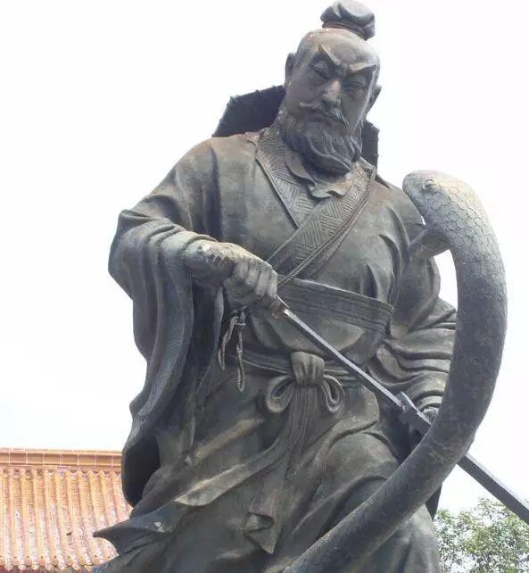 在古代农民起义的领导者,为何极少是农民